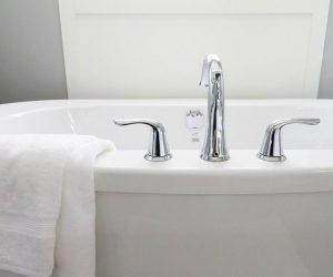 Instalación de fontanería y sanitarios